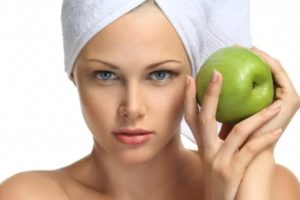 Apple Face Masks for Glowing Skin